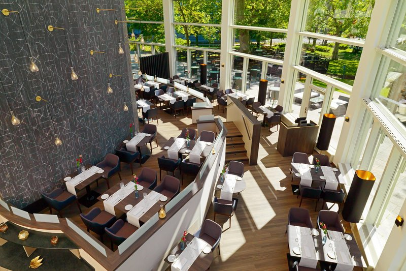 Sheraton Offenbach-PURE Restaurant<br/>Image from Leonardo