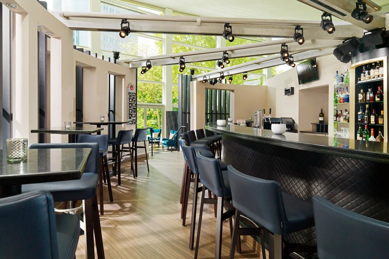 Sheraton Offenbach-Bar OneEleven<br/>Image from Leonardo