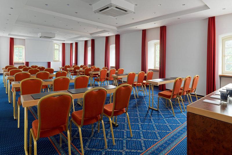 Sheraton Offenbach-Meeting Room Isenburg<br/>Image from Leonardo