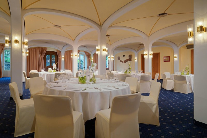 Sheraton Offenbach-Banquet Meeting Room<br/>Image from Leonardo