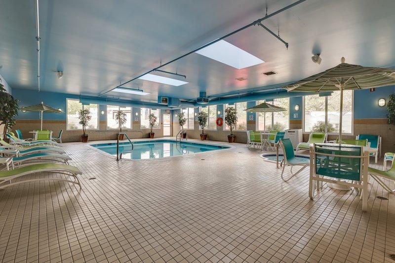 Holiday Inn Express Saskatoon Centre-Swimming Pool and Whirlpool<br/>Image from Leonardo
