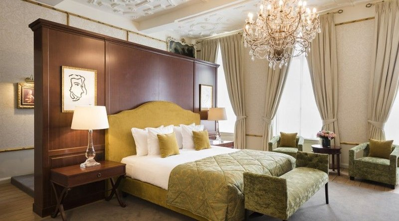 HOTEL DUKES PALACE BRUGES-Maria Van Bourgondie Suite<br/>Image from Leonardo