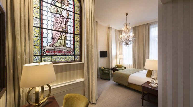 HOTEL DUKES PALACE BRUGES-HERITAGE SUITE<br/>Image from Leonardo