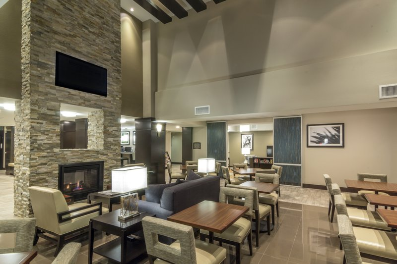 Staybridge Suites Carlsbad - San Diego-Enjoy your complimentary hot breakfast buffet in our Great Room<br/>Image from Leonardo