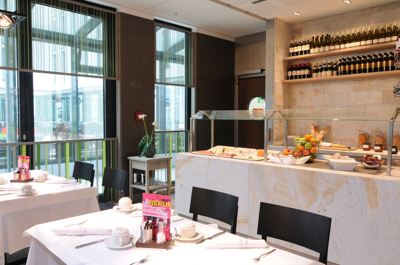 Hotel Indigo Berlin Centre Alexanderplatz-Start your day with our wonderful breakfast<br/>Image from Leonardo