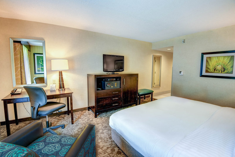 Holiday Inn Express Neptune-Accessible King Bed Room<br/>Image from Leonardo