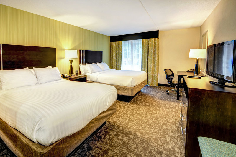 Holiday Inn Express Neptune-Standard and Accessible 2 Queen Room<br/>Image from Leonardo