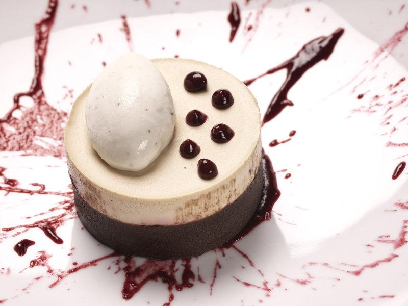 Aressana Spa Hotel & Suites-Ifestioni Restaurant<br/>Image from Leonardo
