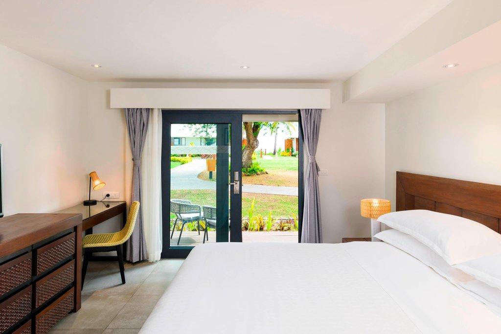 Musket Cove Island Resort-Island Breeze Room<br/>Image from Leonardo