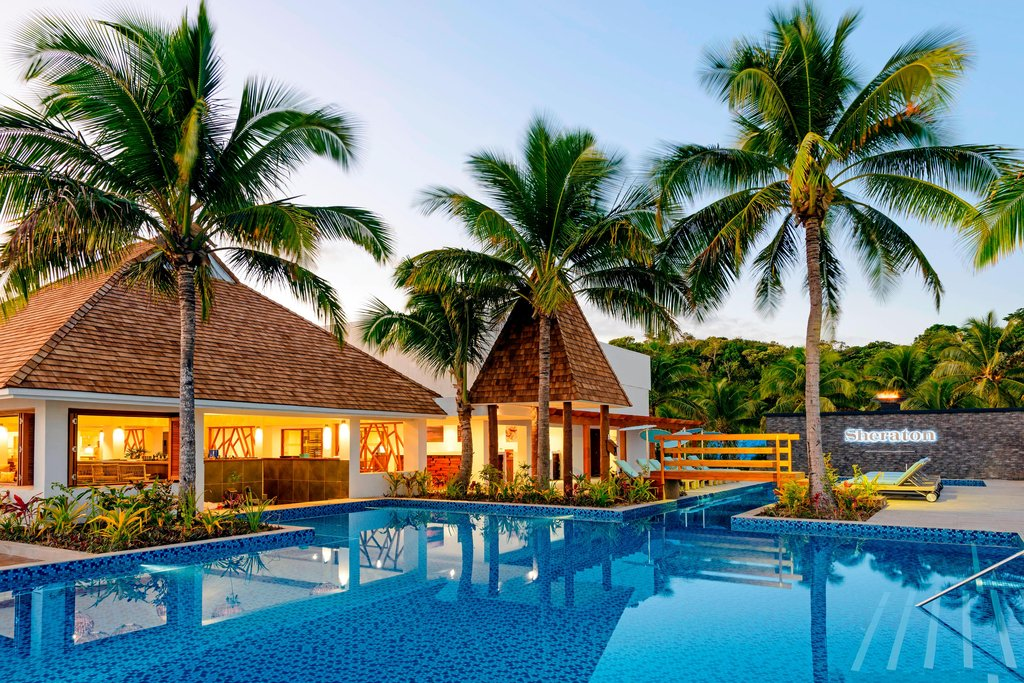 Sheraton Resort and Spa Tokoriki Island-Pool Bar<br/>Image from Leonardo