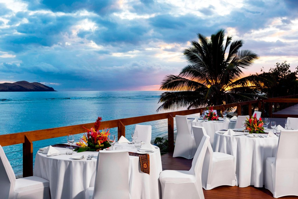 Sheraton Resort and Spa Tokoriki Island-Sunset Reception<br/>Image from Leonardo