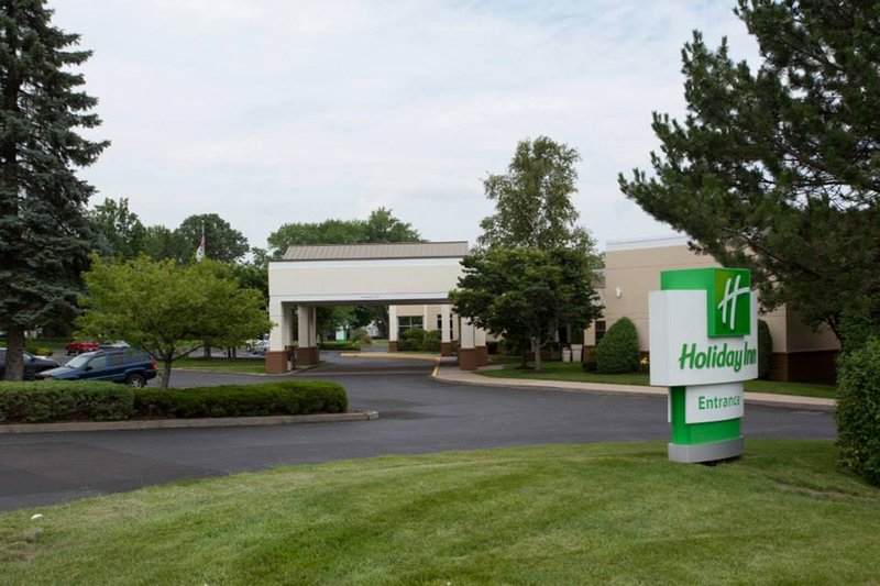 Holiday Inn Utica-Holiday Inn is the closest hotel to Utica College and St. Luke's<br/>Image from Leonardo