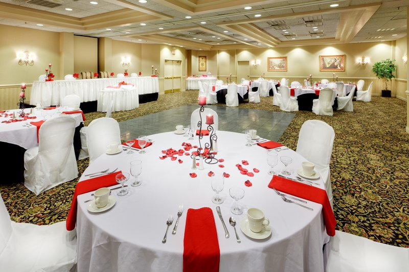 Holiday Inn Utica-Ballroom<br/>Image from Leonardo