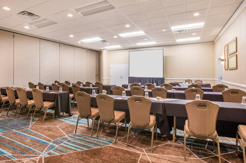 Crowne Plaza Portland - Lake Oswego-Plaza One Meeting Room - Classroom Setup<br/>Image from Leonardo
