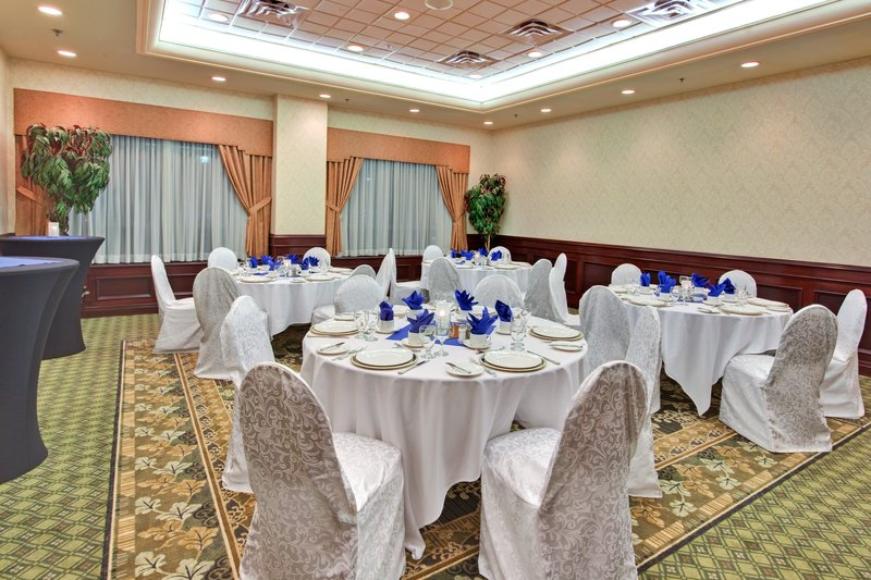 Holiday Inn Hotel & Suites Oakville @ Bronte-The Bronte Room, Main Level, Perfect for Small Gatherings<br/>Image from Leonardo