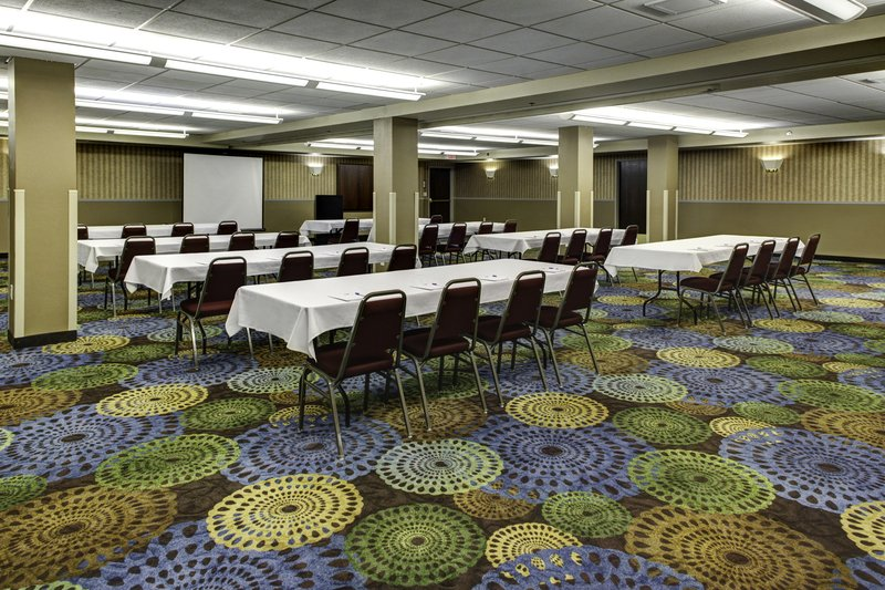 Holiday Inn Express & Suites Deadwood - Gold Dust Casino-Holiday Inn Express & Suites Meeting Room - Deadwood, SD<br/>Image from Leonardo