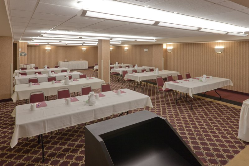 Holiday Inn Express & Suites Deadwood - Gold Dust Casino-Deadwood Hotel - Holiday Inn Express Meeting Room for 170 people<br/>Image from Leonardo