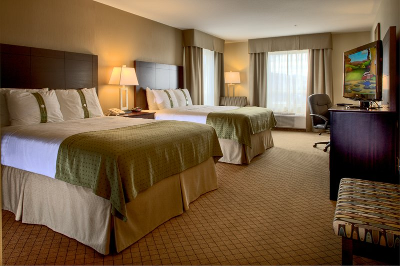 Holiday Inn Hotel & Suites Kamloops-Enjoy Free WiFi in our Two Queen Bed Guest Room<br/>Image from Leonardo