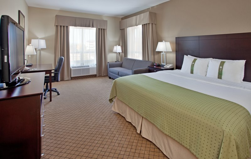 Holiday Inn Hotel & Suites Kamloops-King Bed GuestRoom with Sofa Bed, Mini Fridge & Microwave<br/>Image from Leonardo