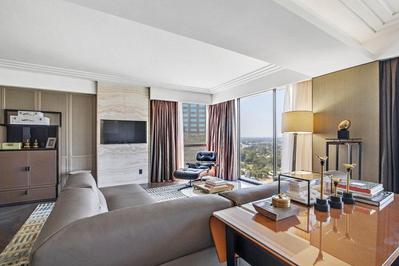 Sheraton Universal Hotel-VIP Suite<br/>Image from Leonardo