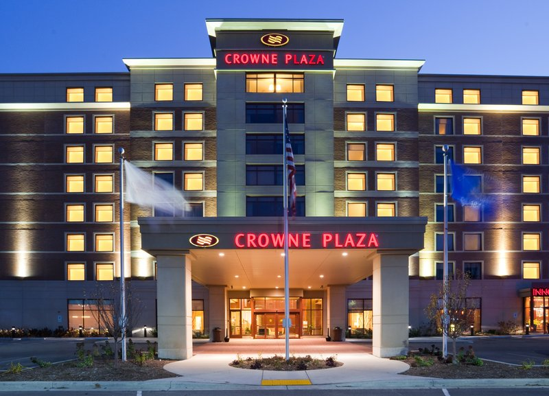 Crowne Plaza Milwaukee West-Welcome to Crowne Plaza Milwaukee West<br/>Image from Leonardo