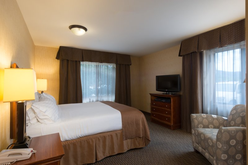 Holiday Inn Steamboat Springs-Executive Suite<br/>Image from Leonardo