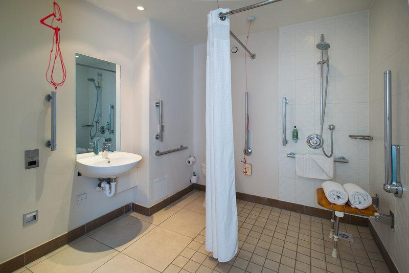 Holiday Inn Stevenage-ROLL IN SHOWER<br/>Image from Leonardo