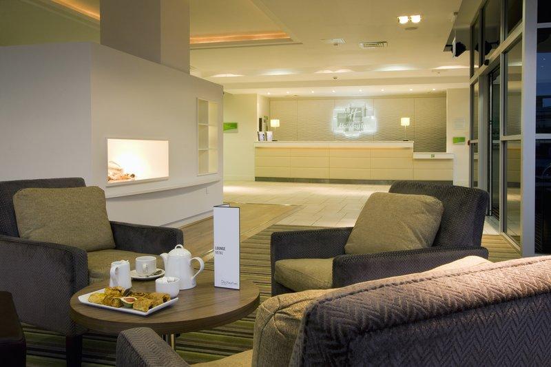 Holiday Inn Stevenage-Hotel Lobby<br/>Image from Leonardo