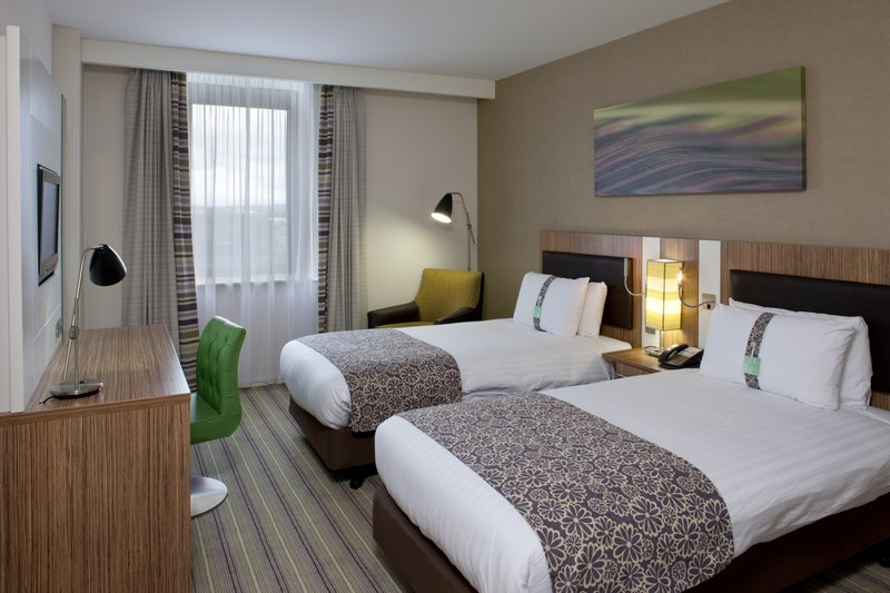 Holiday Inn Stevenage-Twin bedded guest room with ergonomic furniture<br/>Image from Leonardo