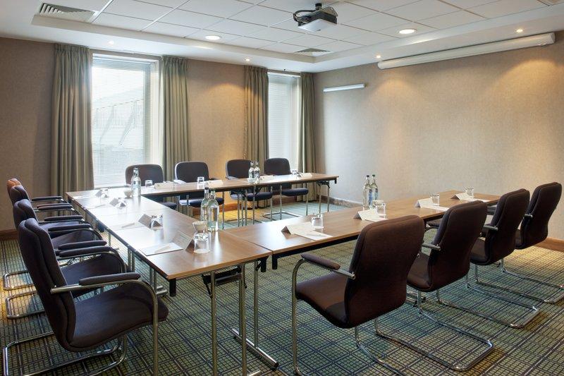 Holiday Inn Stevenage-Fully equipped modern meeting room<br/>Image from Leonardo
