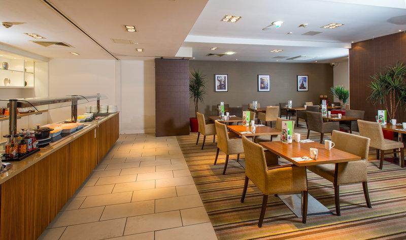 Holiday Inn Stevenage-Destinations Breakfast dinning area<br/>Image from Leonardo