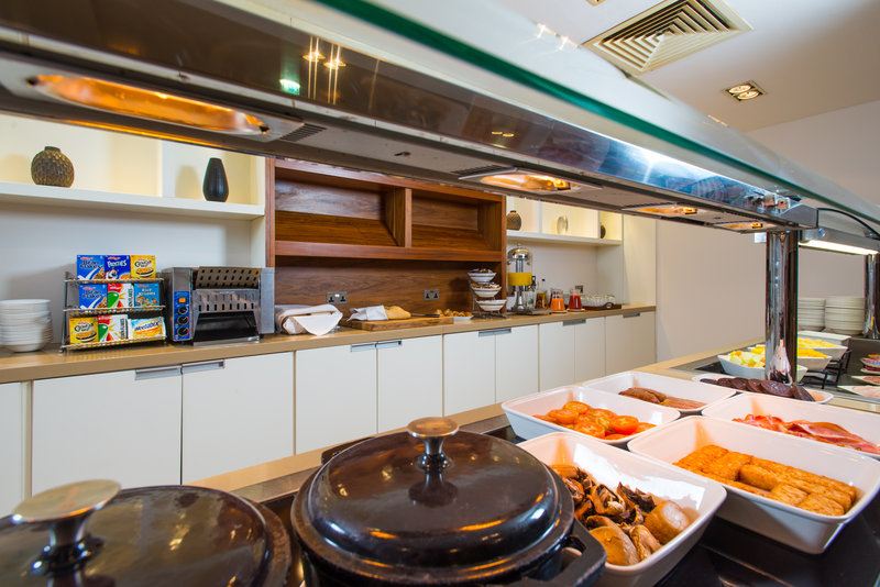 Holiday Inn Stevenage-Destinations Breakfast buffet area<br/>Image from Leonardo