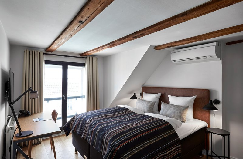 71 Nyhavn-SUPERIOR ROOM QUEEN BED<br/>Image from Leonardo