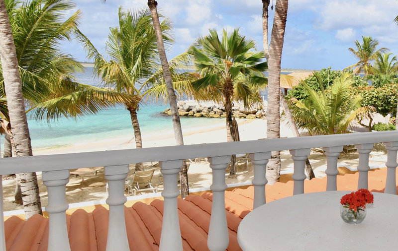 Harbour Village Beach Club-Beachfront Suite balcony<br/>Image from Leonardo