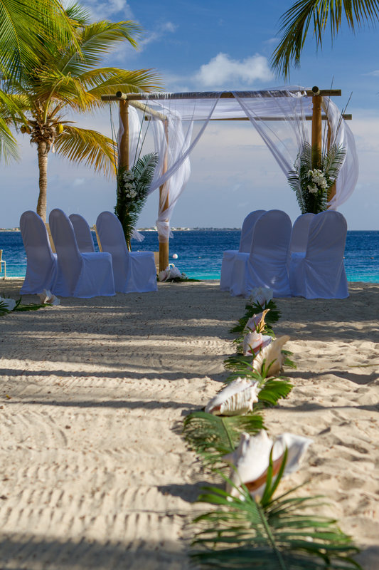 Harbour Village Beach Club-Wedding<br/>Image from Leonardo