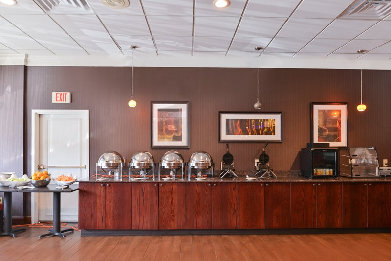 Holiday Inn New London - Mystic Area-Breakfast Bar<br/>Image from Leonardo