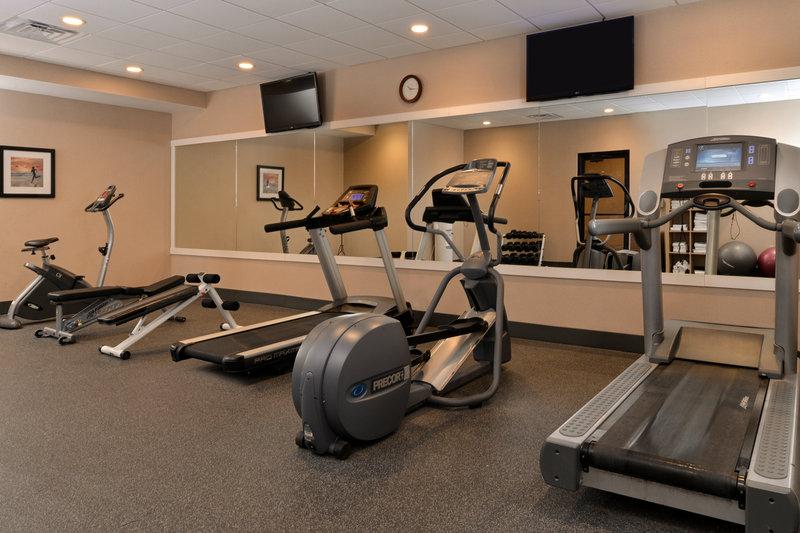 Holiday Inn New London - Mystic Area-Fitness Center<br/>Image from Leonardo