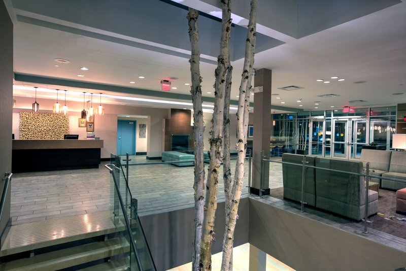 Crowne Plaza Lombard Downers Grove-Hotel Lobby<br/>Image from Leonardo