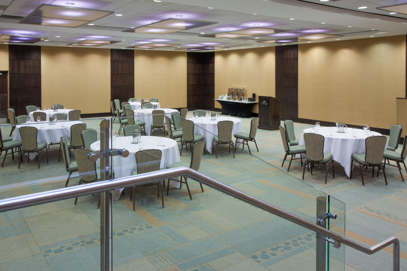 Crowne Plaza Lombard Downers Grove-North Fields Room<br/>Image from Leonardo