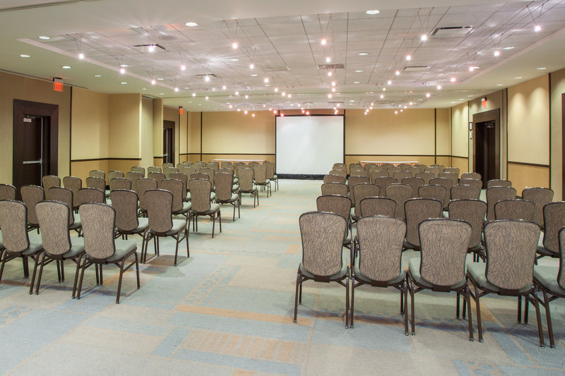Crowne Plaza Lombard Downers Grove-East West Plains Room<br/>Image from Leonardo