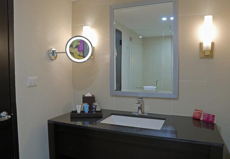 Crowne Plaza San Salvador-Guest Bathroom<br/>Image from Leonardo