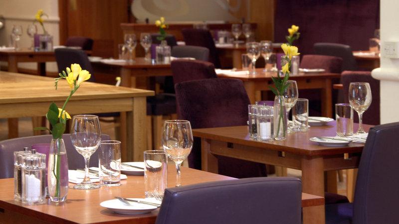 Crowne Plaza Leeds-Family Dining<br/>Image from Leonardo