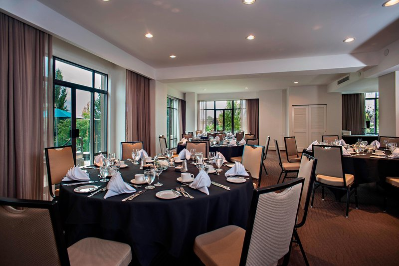 Delta Hotels by Marriott Victoria Ocean Point Resort-Songhees Suite Meeting Room - Banquet Setup<br/>Image from Leonardo