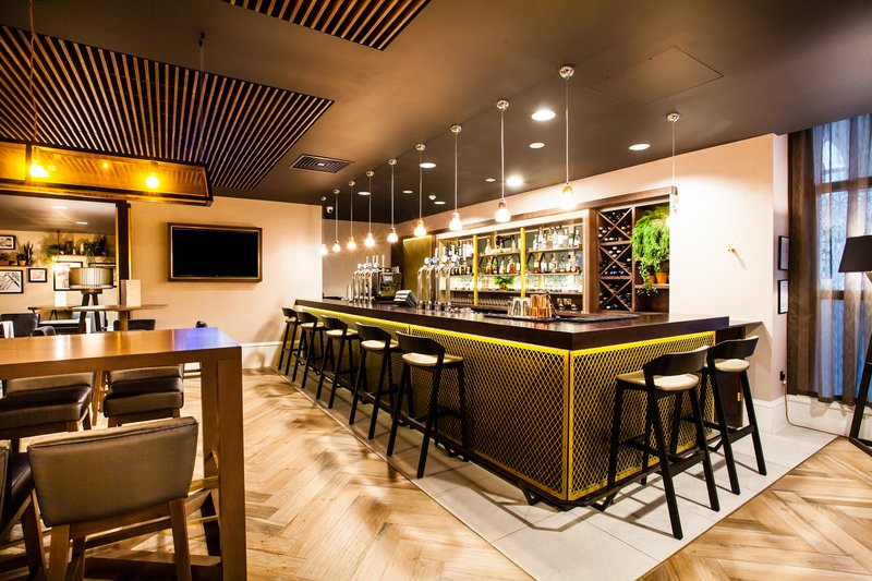 Crowne Plaza Leeds-Bar & kitchen @ LS1<br/>Image from Leonardo