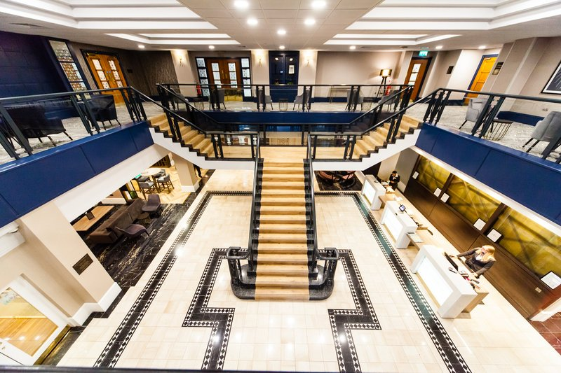 Crowne Plaza Leeds-Grand Staircase and Mezzanine<br/>Image from Leonardo