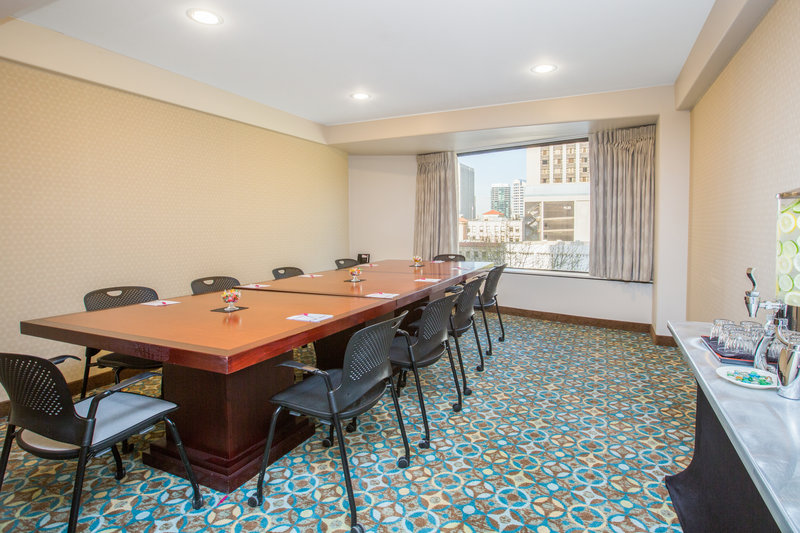 Crowne Plaza Seattle-Downtown-Orcas Boardroom<br/>Image from Leonardo