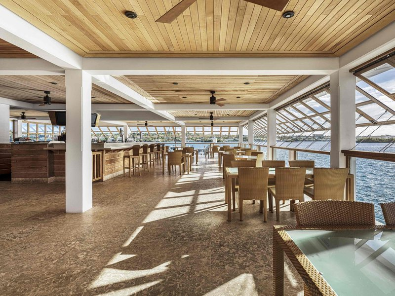 Hamilton Princess & Beach Club-Bar/Lounge<br/>Image from Leonardo