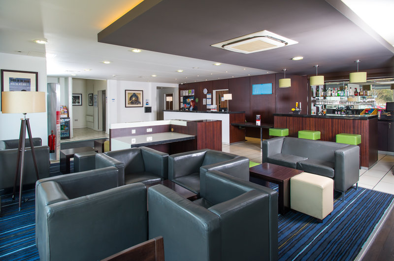 Holiday Inn Express Cambridge - Duxford M11, Jct.10-Bar and Lounge<br/>Image from Leonardo