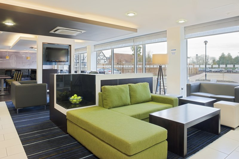 Holiday Inn Express Cambridge - Duxford M11, Jct.10-Make use of our lobby lounge area<br/>Image from Leonardo