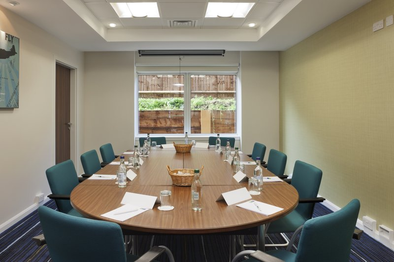 Holiday Inn Express Cambridge - Duxford M11, Jct.10-Conference Room<br/>Image from Leonardo